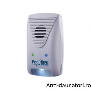 Aparat cu ultrasunete si unde electromagnetice 3 in 1 Pest Repeller 500.3 impotriva rozatoarelor si insecte 220 mp
